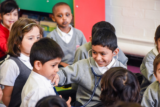 Primary-Futures-Nicky-Morgan-MP-visits-Priestmead-Primary-4th-March-2015